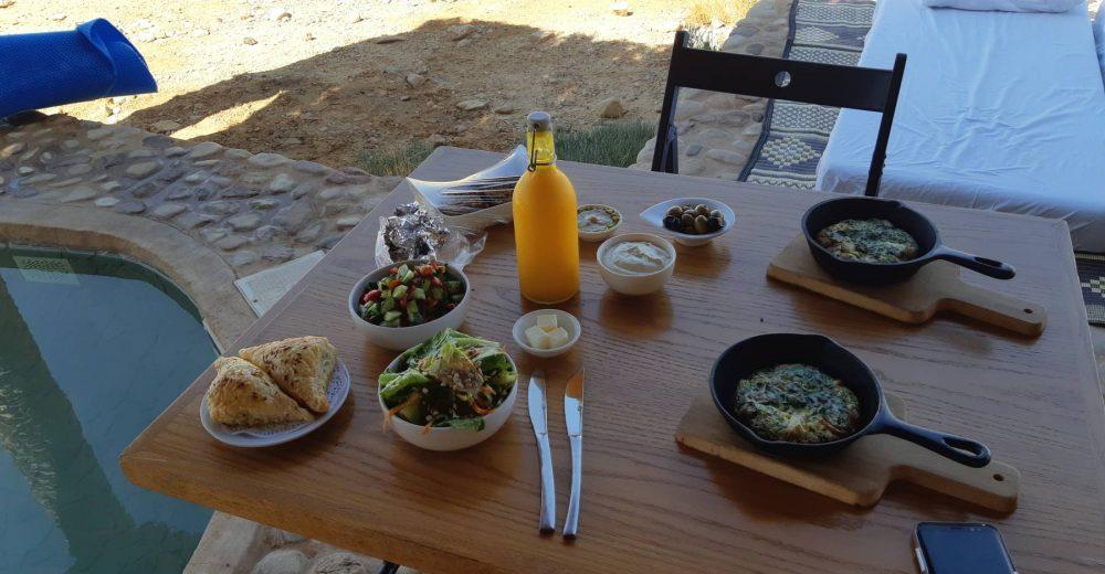 ארוחת בוקר לחדר - ארץ ערבה